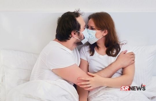 Kiss with mask safe or not