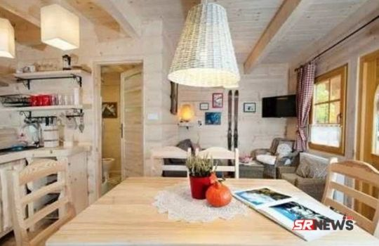 290 square feet wooden house