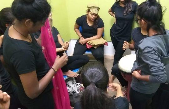 Worker Jayshree Story in Hindi