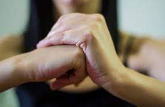 side effect of finger cracking